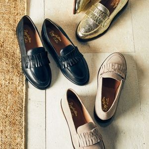 Anthropologie Seychelles Powerful Ruffle Loafer